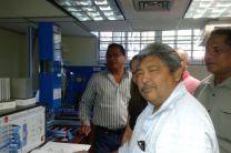 El Dr. Coronado  con los docentes de los Centros Regionales