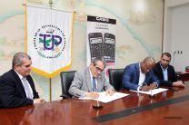 Firma de convenio UTP y la empresa Casiolandia.