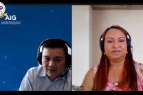 En la imagen el Ingeniero Carlos Kan y la Licenciada Hilda Quiros en sesión de preguntas y respuestas.