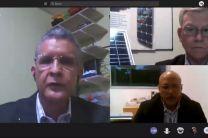 Prof. Emilio Gudemos, Dr. Orlando Aguilar y el Ing. Efraín Conte.
