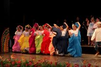 Se presentaron bailes folclóricos.