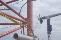 Sensores e instrumentos instalados en la Torre Hidrometeorológica.