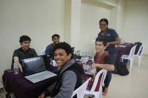 Los jóvenes estuvieron por 24 horas desarrollando soluciones.