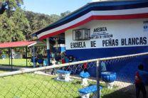 Escuela Peñas Blancas en la Comunidad de Buena Vista de Colòn