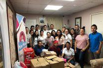 Donación de alimentos y productos de limpieza a Nutre Hogar.