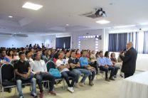 Estudiantes participantes del evento.