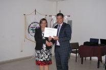 Entrega de certificados a los expositores