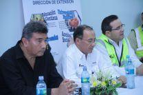 Rector de la UTP con representantes de CEMEX.