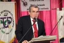Dr. Julio Rodríguez, Decano de la Facultad Mecánica, agradece el aporte de decanos, profesores, estudiantes y a sus antecesores.