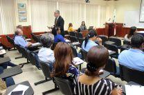 Dentro de la Jornada Informativa se realiza una charla de Cultura Organizacional.