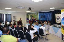 Ing. Yaneth Gutiérrez, Directora del Centro Regional de Coclé ofrece palabras de bienvenida.