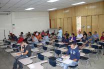 Seminario de Liderazgo por el Dr. Nick Kachirouba.