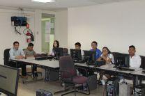 Estudiantes y profesores presenciaron el concurso.
