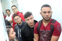 Un nutrido grupo de estudiantes se presentaron para atenderse en la Clínica.