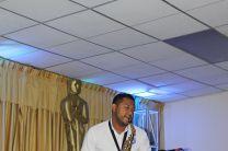 Saxofón: Mickeal Trotman.