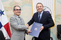 UTP firma convenio con Asociación Latinoamericana de Transporte Aéreo.