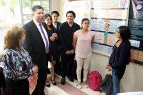 El Dr. Candanedo durante la presentación de los proyectos en la FIC.