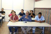 Administrativos de la UTP participan en conferencia.