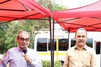El Rector de la UTP hizo la entrega del autobús con el que se beneficiarán los miembros del Centro Regional.