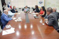 Aspectos de la reunión entre los rectores de la UTP y de Zamorano.