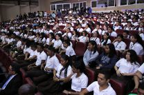 Estudiantes participan de la Sanción de la Ley que crea el ITSE, en la UTP.