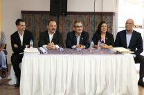 Autoridades de la UTP, junto con el Representante Legal de la Empresa