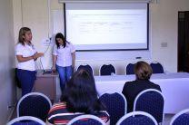 Luisa Rodríguez y Kettelyn Castillo-Tesistas de quinto año (FIC).