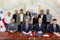 UTP firma convenio con la Universidad de Hohai China