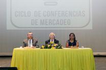Autoridades de la UTP, Decano de la FII, Vicerrector Administrativo y Profesora Coordinadora de la Jornada.