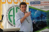 Alberto Guisando, expositor, se refirió a qué se presenta hoy y cómo aportar a las compañías, sobre el tema de Ciencias de los Datos.