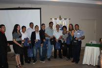 Asistentes premiados en el evento.