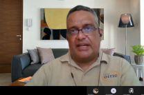 Licdo. Rafael Vejarano, en Taller de Administración de Pruebas en Línea.