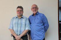 Los expositores Álvarez y Barranco, expusieron durante el seminario Preparación y Propuesta de Investigación.