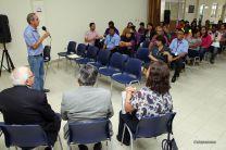 El Rector Montemayor se reúne con docentes y colaboradores en Bocas del Toro.