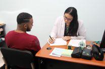 Atención médica recibieron estudiantes de la Extensión de Howard.