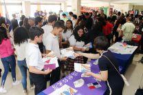 Estudiantes de la UTP y de otras universidades se informan sobre becas en Shangai.