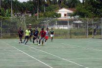Actividad deportiva en celebración del Día del Estudiante en Howard.