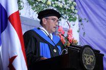 El Dr. Oscar Ramírez dio su discurso.