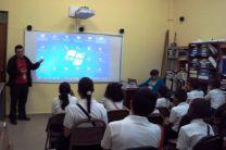 A los estudiantes se les presentó un vídeo del CIHH.