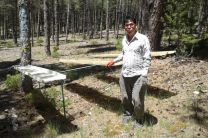 Dr. Pinzón, en la zona de Cuencas, colectando data.
