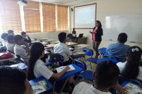 Estudiantes del Colegio Secundario de Guabito.