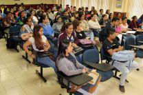Estudiantes de la Facultad de Ingeniería Industrial se capacitan en temas relevantes relacionados con la logística.