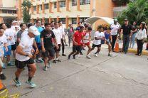 Le correspondió al rector, DR. Oscar Ramírez, dar el inicio para la  partida de los 5 kilómetros