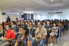 Comunidad universitaria asistentes al evento.