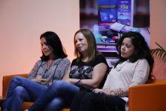 Carolina Fonseca, María Laura De Piano y Nicolle Alzamora Candanedo, durante el conversatorio.