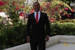 Dr. Clifton E. Clunie B., Decano de la FISC.
