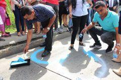 Como homenaje a Rosaira Lorenzo se pintó un corazón azul en el sitio del accidente