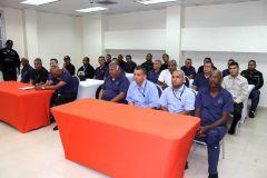 Colaboradores del Departamento de Seguridad Institucional, participaron en Jornada de Capacitación que ofreció la Policía Nacional.