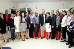 Participantes del Diplomado e Mediación, junto a autoridades y docentes de la FCyT.