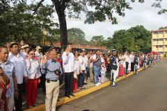 Decenas de miembros de la comunidad universitaria de la UTP participaron en los actos en honor a la patria.